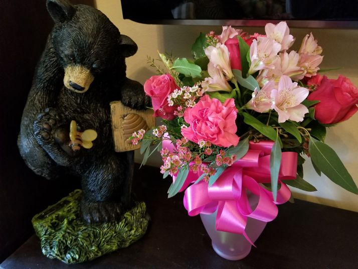 bear and mother's day's flowers