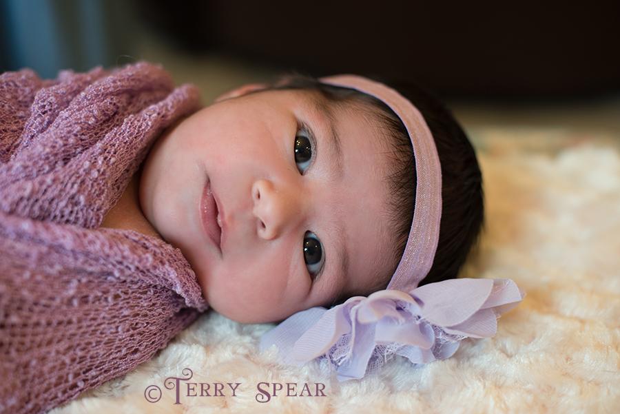 baby in purple 900 128