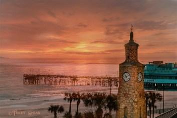 Daytona Beach teal and orange sunset 900 006