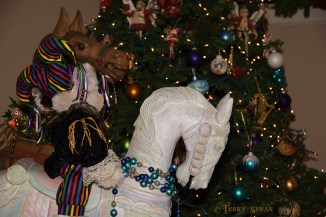 rocking horses and Christmas tree 900 using speedlight 004