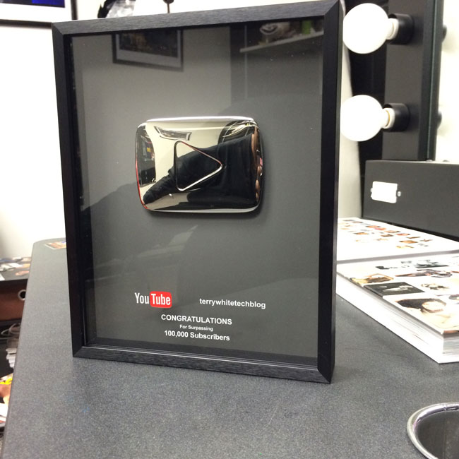 100000_youtube_subscribers_award