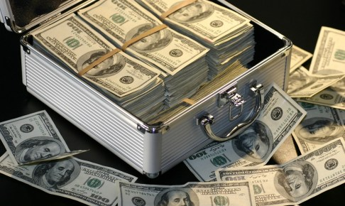 一攫千金を夢見る人が投資信託で損をする