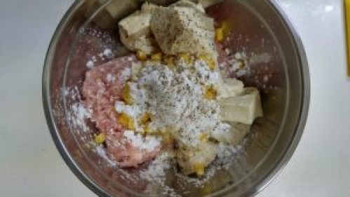 豆腐と鶏ひきのナゲット