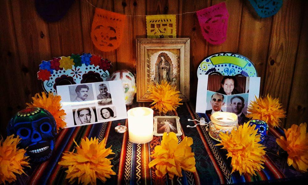 altares-de-muertos-en-los-hogares-de-la-red-carla-moscoso