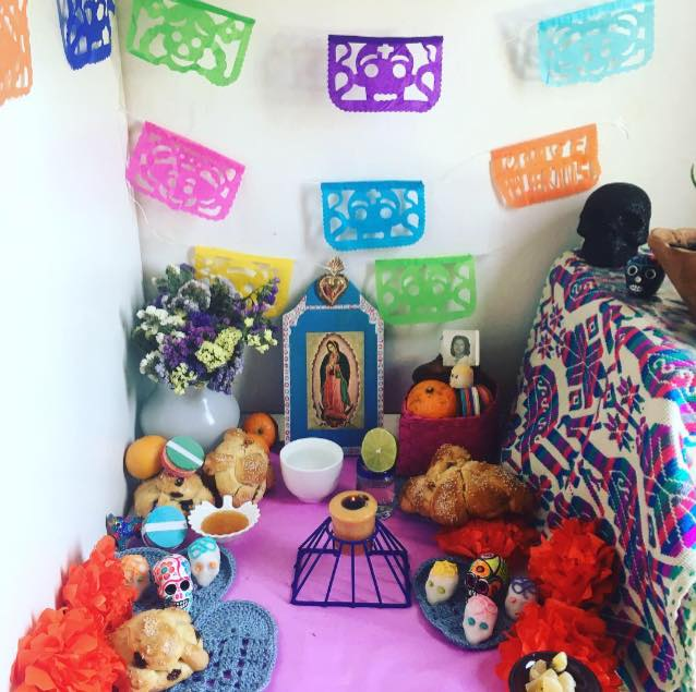 altares-de-muertos-en-los-hogares-de-la-red-julia-prato