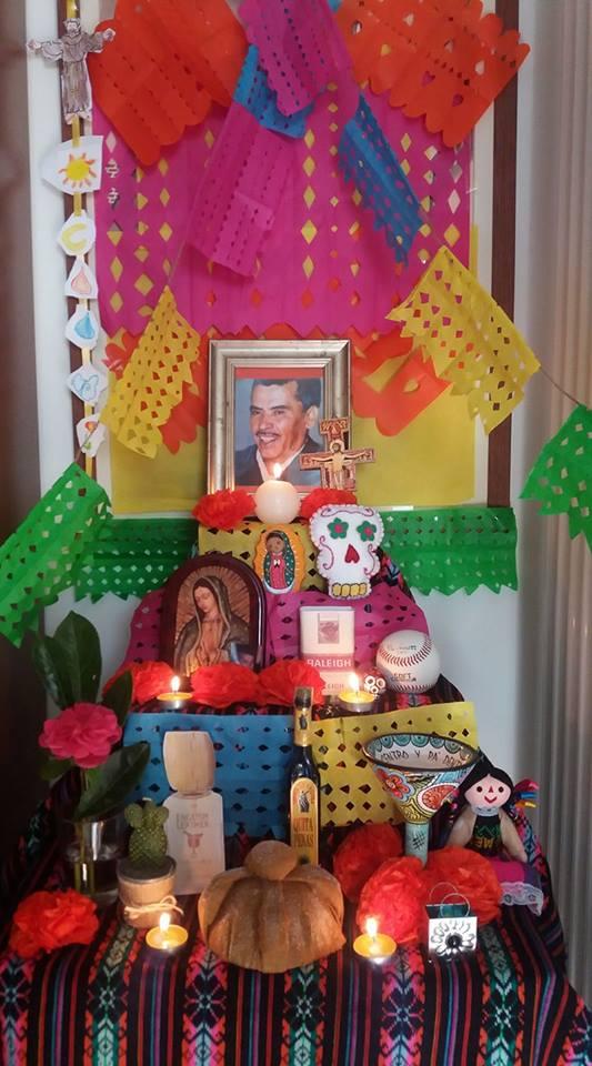 altares-de-muertos-en-los-hogares-de-la-red-raquel-gomez