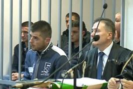 Në foto duke pirë drogë, 4 të rinjë shantazhuan djalin e ish-deputetit