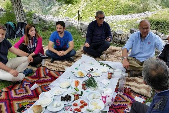 Nga universiteti i Bristolit në Kurvelesh: kur Shqipëria nis e jep leksione turizmi