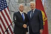 Lapsus i kryeministrit malazez: i përmend Clintonin zv.presidentit të SHBA (video)