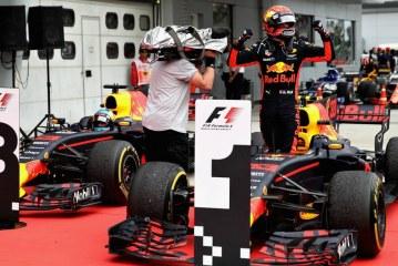 Formula 1, Verstapen fiton në Malajzi, Hamilton 35 pikë më shumë se Vetel