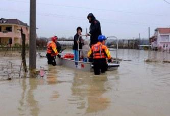 Përmbytjet, Rama: luftë ujit me Turqinë në krah
