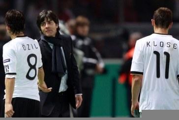 Loew thyhen heshtjen: Özil, një futbollist i shquar. Largimi i tij, dëshpërues