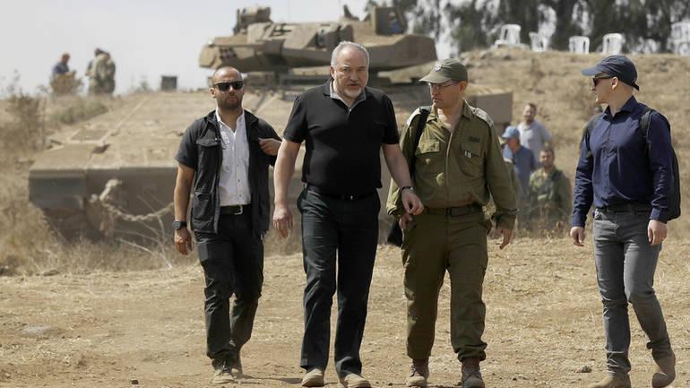 Dorëhiqet kreu izraelit i Mbrojtjes pas një armëpushimi në Gaza  Hamas  fitore