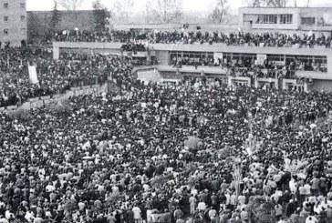 Meta u kujton 8 Dhjetorin '90 studentëve të sotëm protestues: edhe ju si ata!