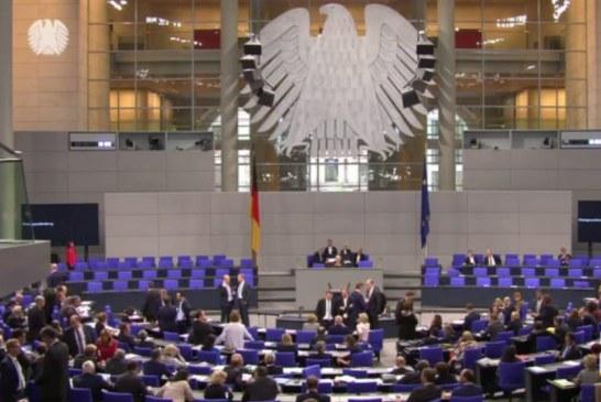 Politika gjermane, reagim në bllok: jo akteve të opozitës!