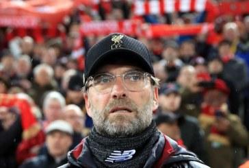 Oshilacionet e Liverpool-it, Klopp: futbolli i vërtetë nuk është Play Station