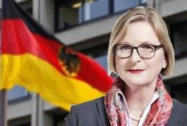 Kriza shqiptare, Berlini pason Uashingtonin e Brukselin: qeveria, legjitime!