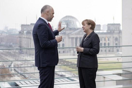 QËNDRIMI/ U ngjiz mes Ramës e Merkelit, gruaja e Berlinit në Tiranë: Reforma në Drejtësi, histori suksesi