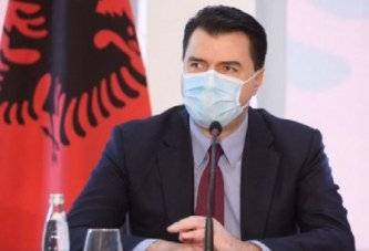"""""""Shqiptarët s'janë budallenj…"""": Basha, plagjiat i gjuhës së Ramës"""