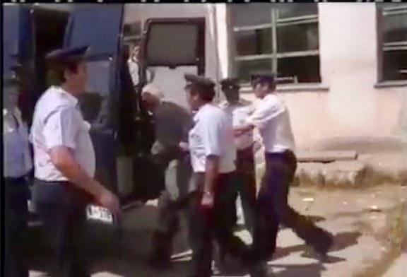 TË PATHËNA/ Mesvitet 90-të: kush u dënua me vdekje nga ish-kupola kumuniste dhe si i shpëtoi 97-ta