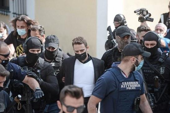 VRASËSI/ Njeriu që po trondit Greqinë, në gjykatë: cilat qenë fjalët e para të Babis Anagnostopoulos