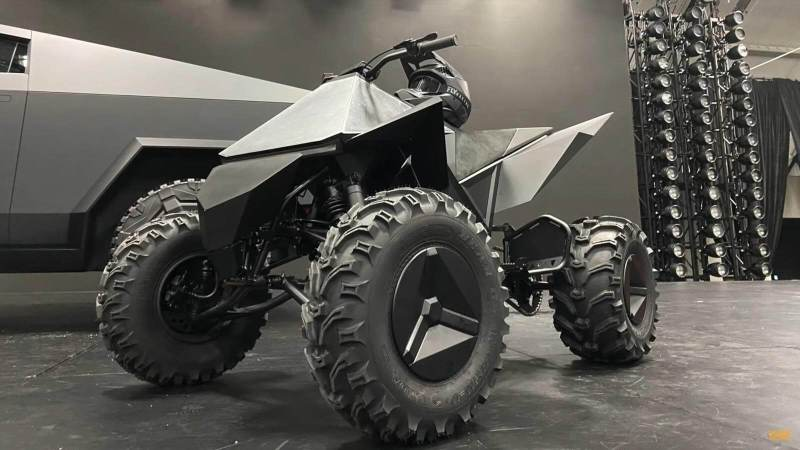 Tesla uvedla datum pro uvedení ATV na trh, zmínky o elektrickém dirt biku