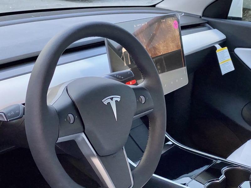 Tesla model y heated steering wheels