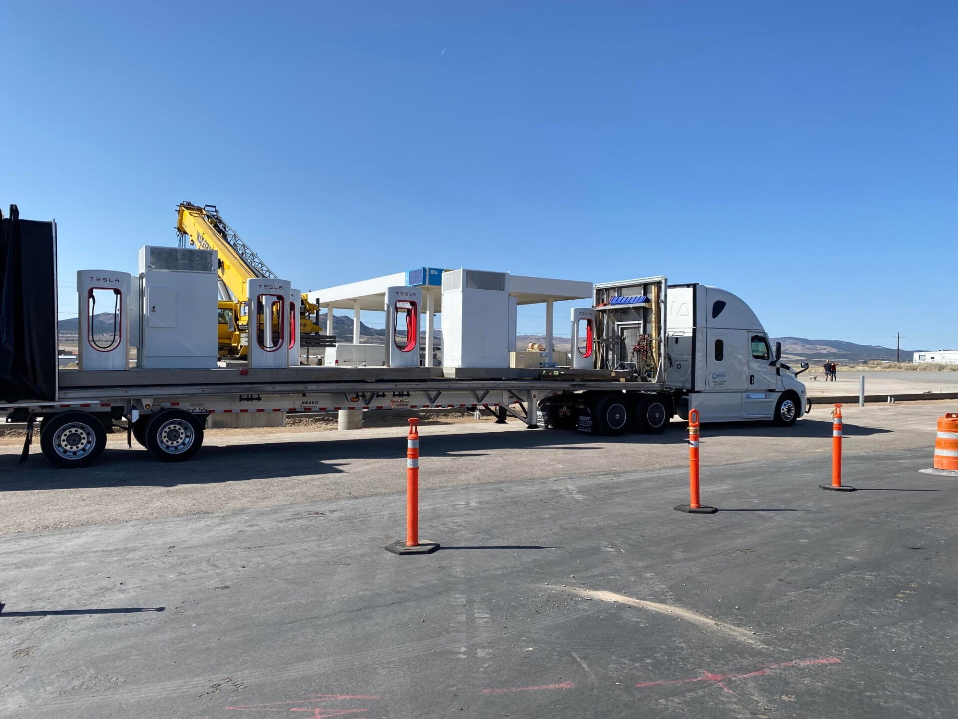 Tesla Using Prefabricated Superchargers to Fast-Track Construction - TeslaNorth.com