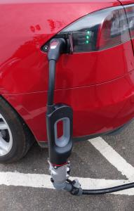 chademo_in_use