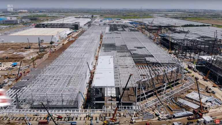 Тесла Гига Шанхай Строительство Строительство 13 мая 2020 года: видео
