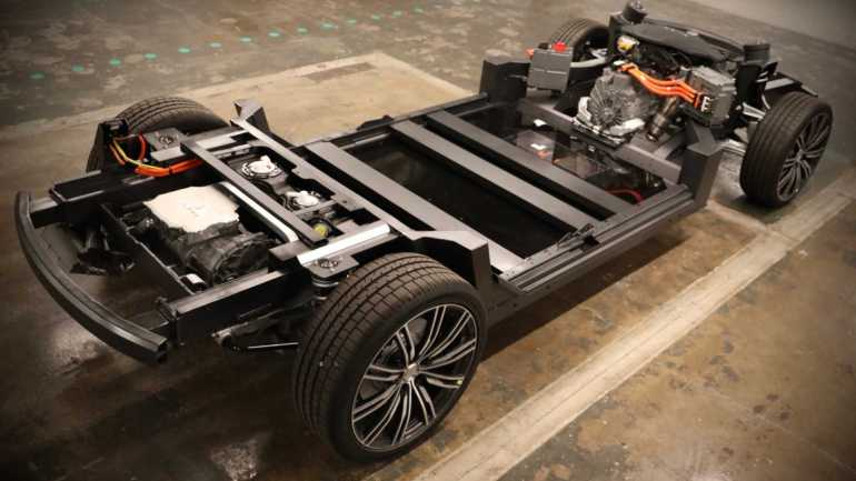 Карма намекает на платформу E-Flex расширенного диапазона AWD для пикапов
