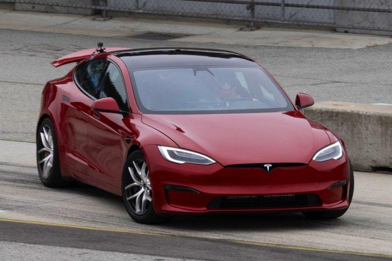 Tesla намекает на Model S Plaid «Track Package» с большими колесами Zero G в каталоге запчастей