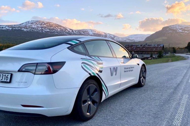 Крупнейший транспортный оператор Норвегии начал аренду Tesla Model 3