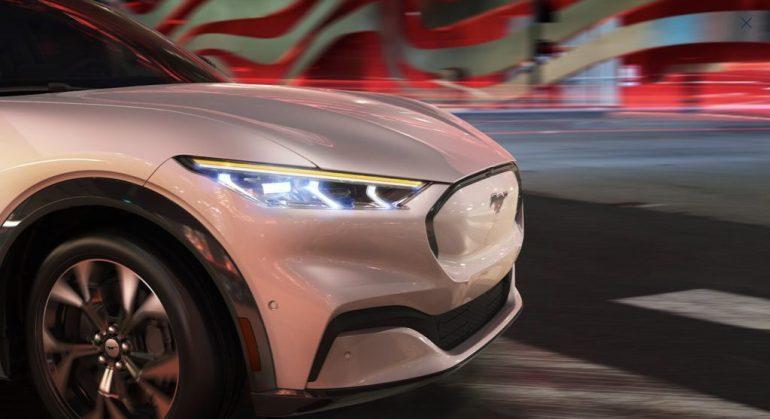 Ford взимает с клиента Mustang Mach-E 10 тысяч долларов в качестве платы за документацию, но это было большим недоразумением