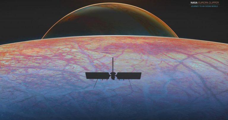 SpaceX Falcon Heavy запускает исследователь NASA Ocean Moon и спасает миллиарды США