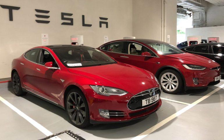 Tesla выплатит 1,5 миллиона долларов в качестве компенсации по делу о дросселировании батареи