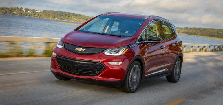General Motors потратила почти 1 миллиард долларов на отзыв электромобиля Bolt