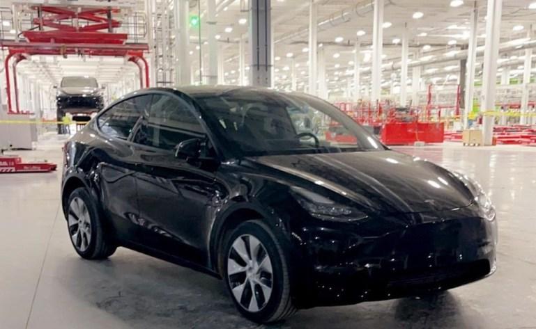 Опытные образцы Tesla Model Y начинают развертывание в Гиге Техас