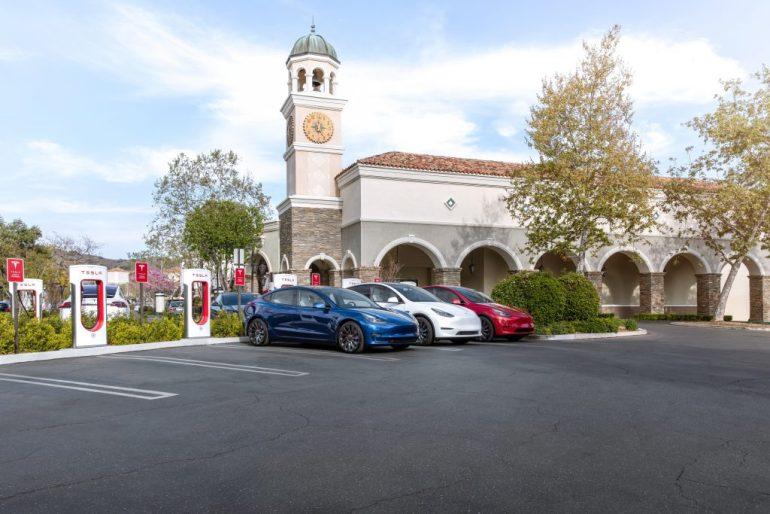 Завершена работа над двухпартийным законопроектом об инфраструктуре, который может расширить рынок электромобилей в США, который будет вынесен на голосование в Сенате на этой неделе