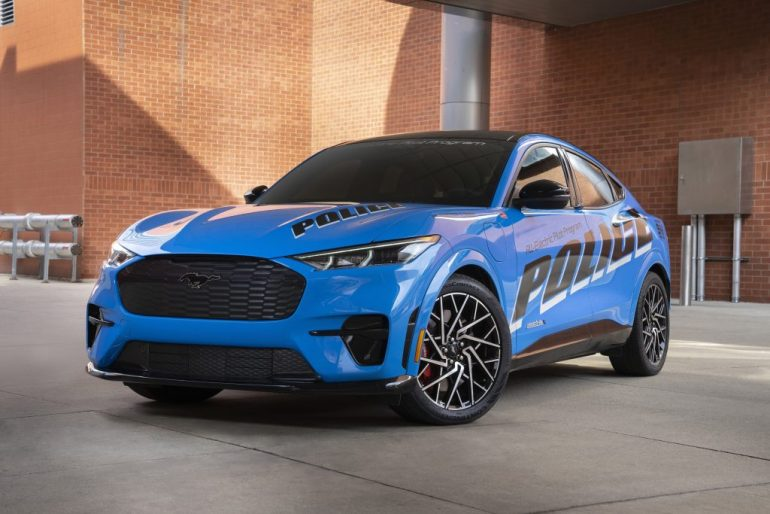 Ford Mustang Mach-E соответствует стандартам полиции штата Мичиган, включение в состав автопарка будет определено