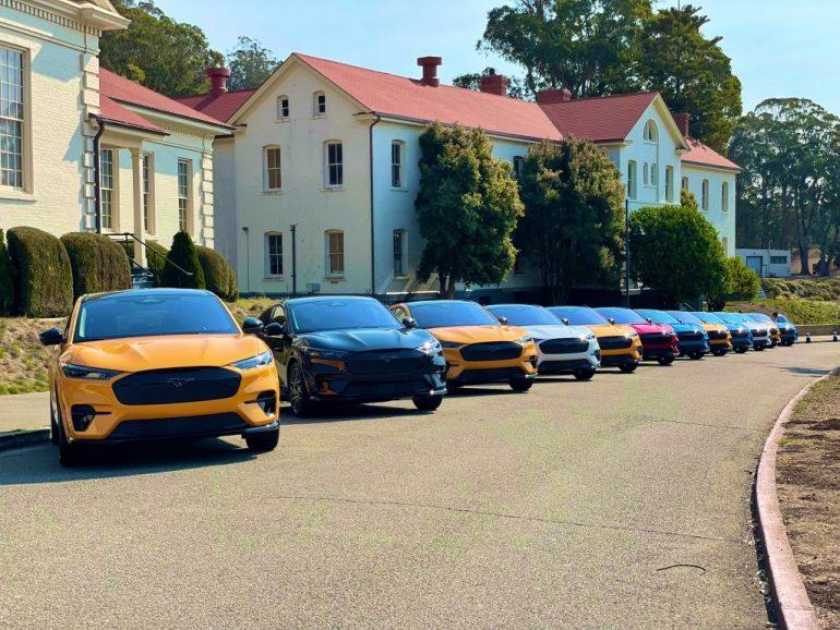 Продажи Ford Mustang Mach-E в США не отстают, но вполне могли бы стать лучше