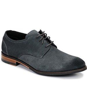 Clarks  FLOW PLAIN  men's Casual Shoes in Grey