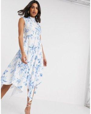 Closet London high neck midi dress in floral print-White