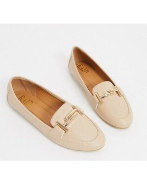 RAID Nidhi loafer with gold snaffle in beige