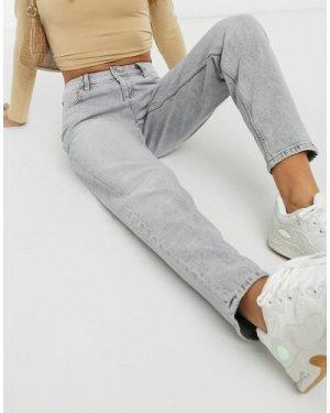 Mango slim mom jean in washed light grey