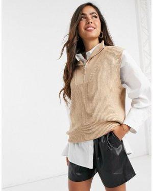 Mango zip front knitted vest in beige-Brown