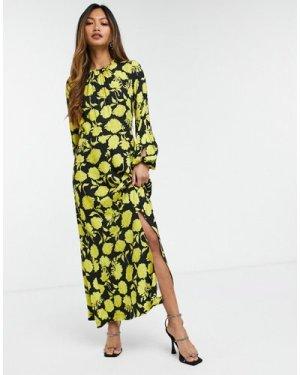 Closet London contrast print floral midaxi dress in oversized ochre floral-Multi