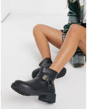 London Rebel hardware ankle boots in black