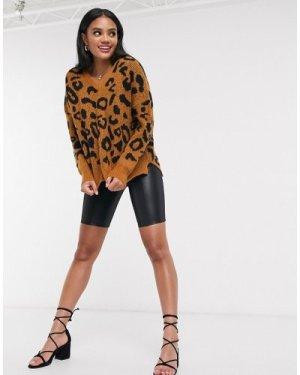 Liquorish v neck knit jumper in animal print-Brown