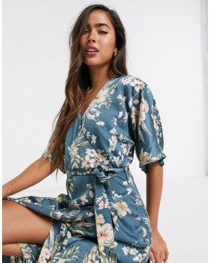 Liquorish wrap dress in blue floral-Multi